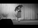 Елена Смолицкая - стихотворение Лужа Девушка с зонтиком new