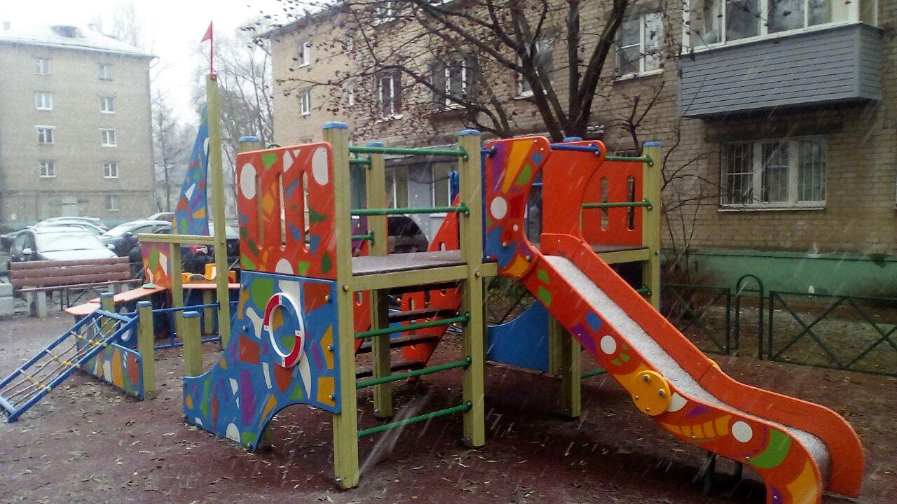 На Липовой горе завершен ремонт дворов домов 19 и 21 на улице Индустриальная
