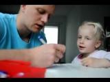 Вот как надо играть папам с детьми !