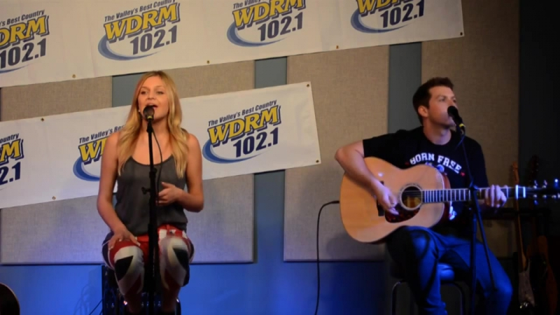 Kelsea Ballerini - Love Me Like You Mean It (Live in the Jerry Damson Honda Ford Listener Lounge at 102.1 WDRM-FM)
