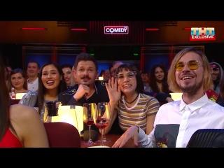 Участники шоу ПЕСНИ на концерте Comedy Club