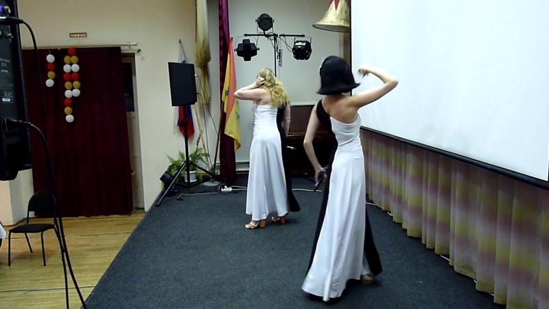 Выступление шоу-группы Ренессанс на фуршетной части 850-летия Гороховца