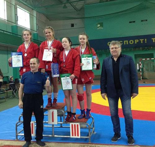 Самбистки из Савеловского завоевали четыре награды на всероссийском турнире