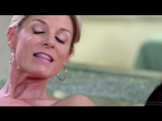 India summer – mom's nuru secret [fantasy massage. blonde, incest, massage, milf]