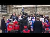 Владимир Путин пообщался с детьми, пришедшими на Елку в Кремле