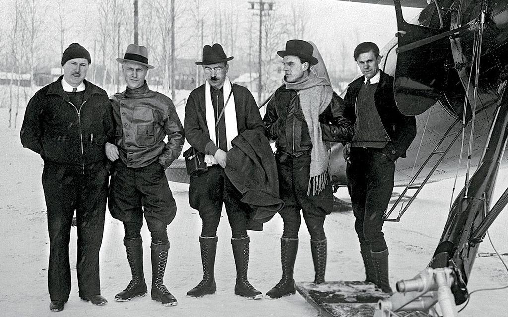 Летчики первые Герои Советского Союза