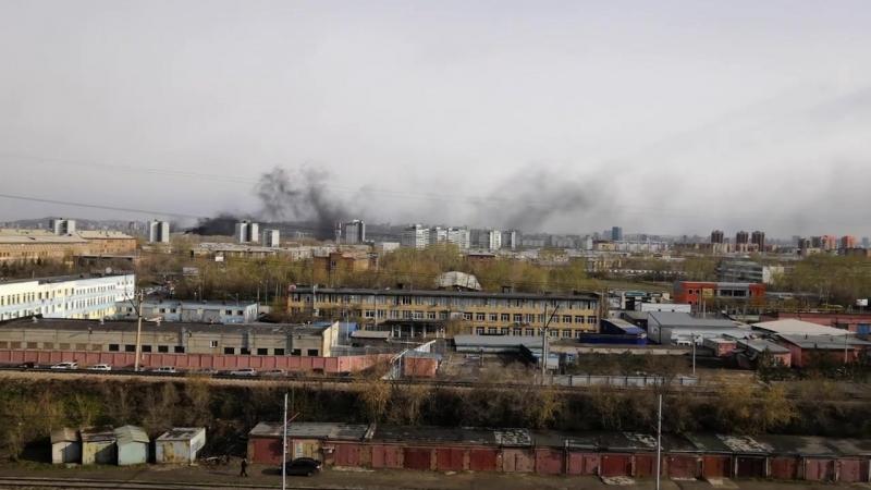 Пожар в дворце спорта им. Ярыгина с правого берега