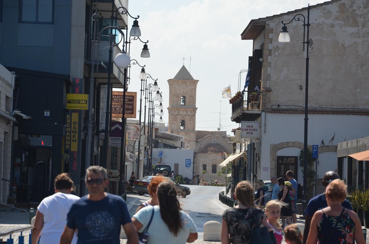 VFMPOWrUnX0 Ларнака - туристическая столица Кипра.