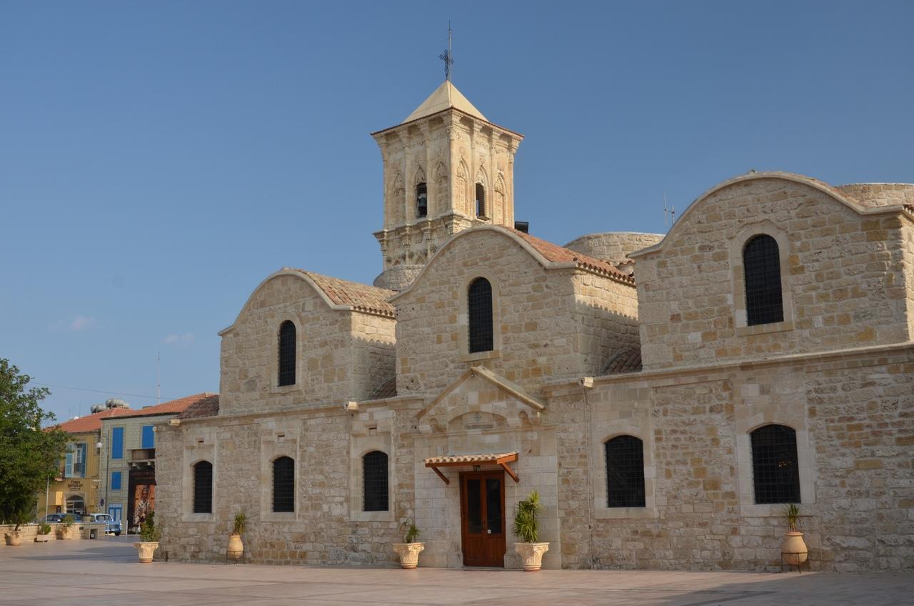 i9Hej46_EdU Ларнака - туристическая столица Кипра.