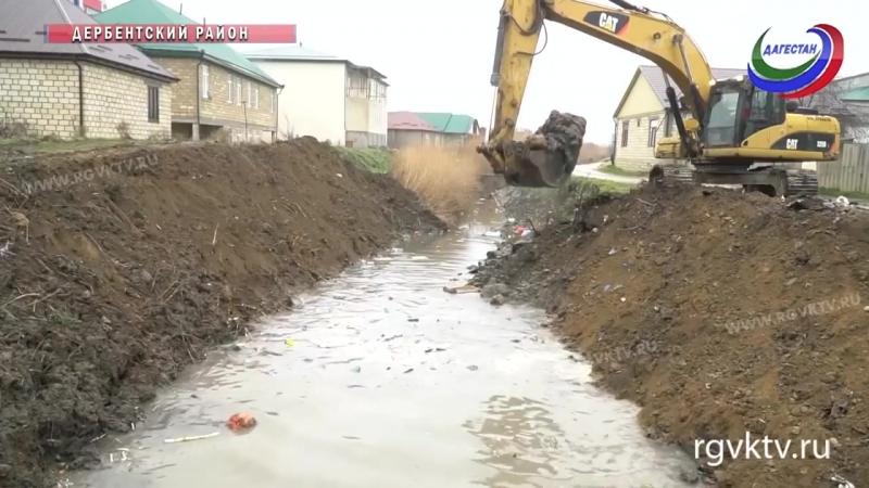 В Юждаге проводятся работы по очистке русла водоканала «Самур-Дербент»