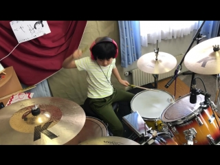 "Led Zeppelin『Good Times Bad Times』 を8歳小2女子ドラマー'よよか""が叩いてみた 8year old drummer ""Yoyoka'.mp4"