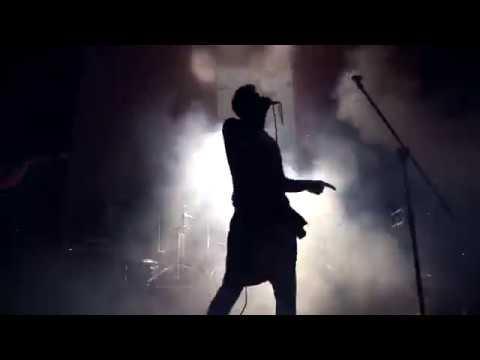 Used Friendly - Kroč (OFFICIAL LIVE VIDEO)