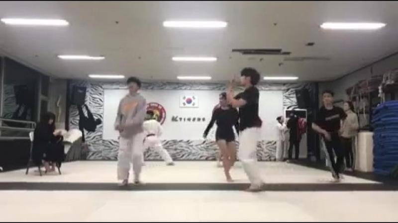 KTigers in Vietnam on Instagram 20170416 KTigers Hyun Min Kang Gunwoo Minji Seo Jun Hyeok practiced Not today BTS 20170417 To