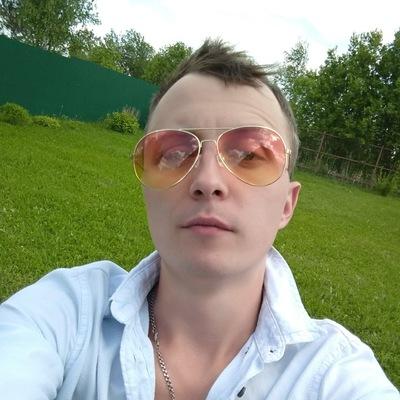 Павел Николаев