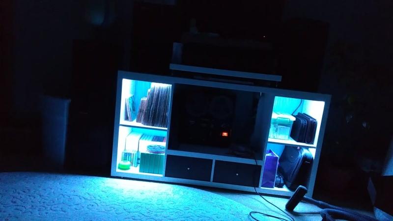 Стойка для аппаратуры с RGB подсветкой