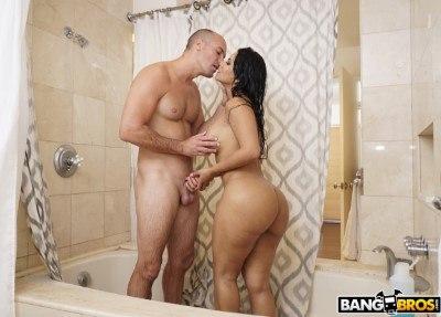 Cheating Big Ass Latina