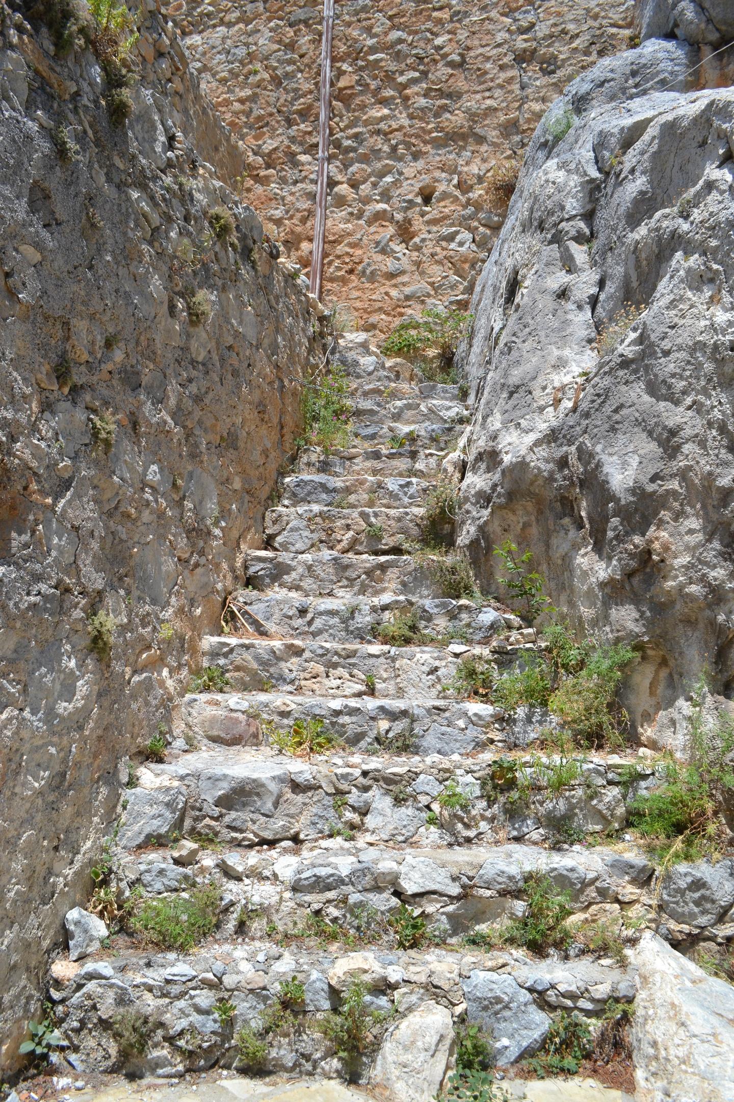 Северный Кипр. Замок Святого Иллариона. (фото). XO--sHUhQZ4