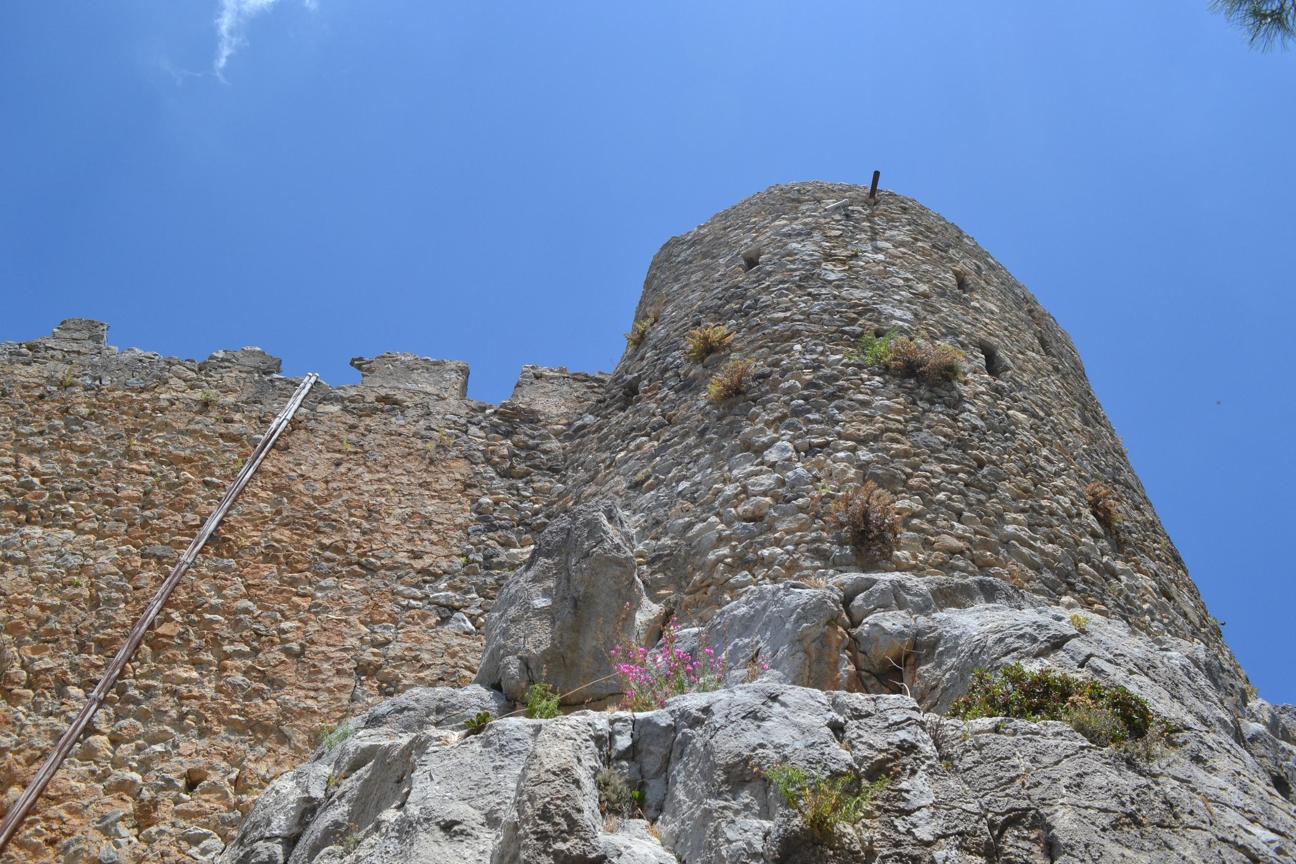 Северный Кипр. Замок Святого Иллариона. (фото). TdtRMnl5MhM