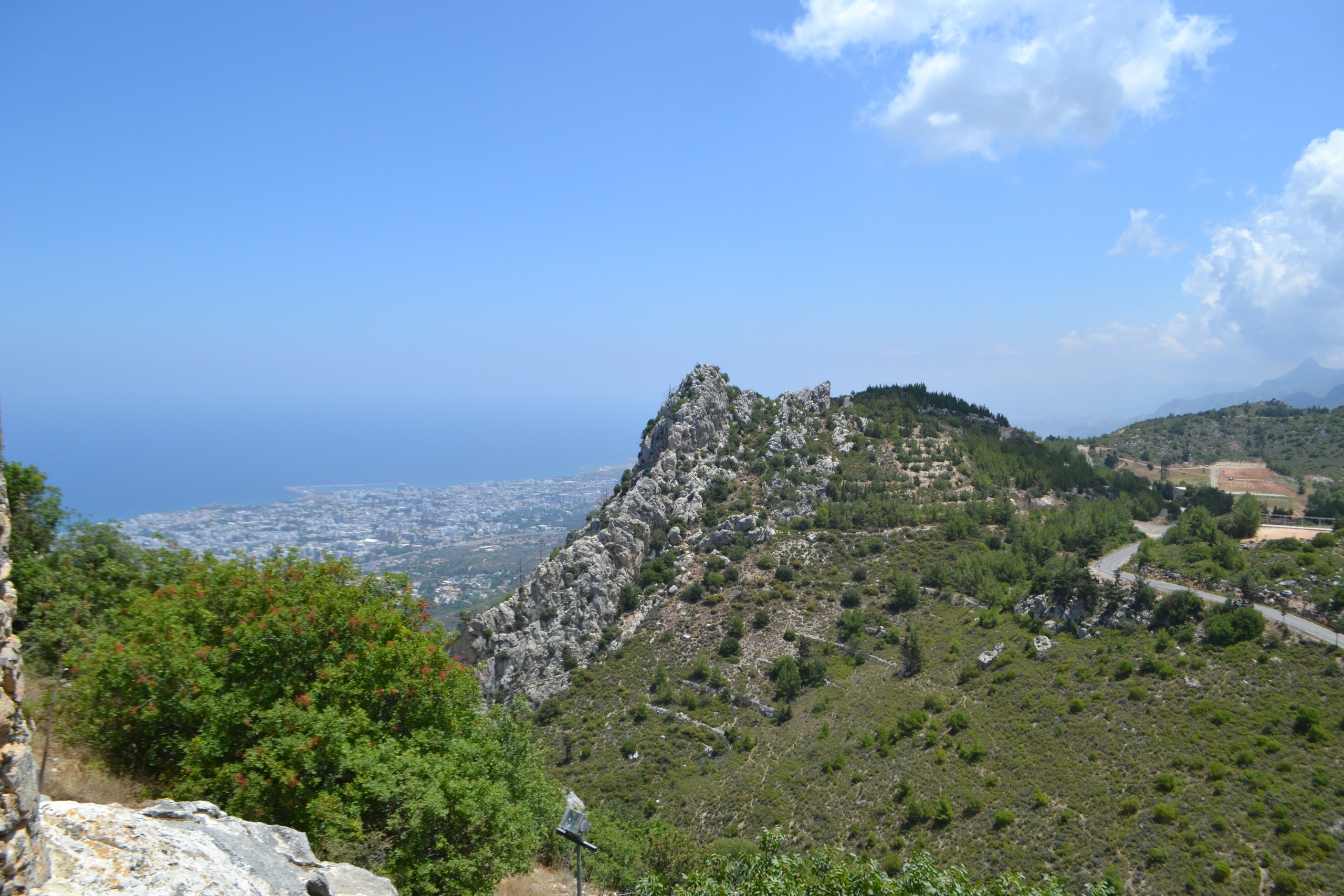 Северный Кипр. Замок Святого Иллариона. (фото). SR1uyWuNbnM
