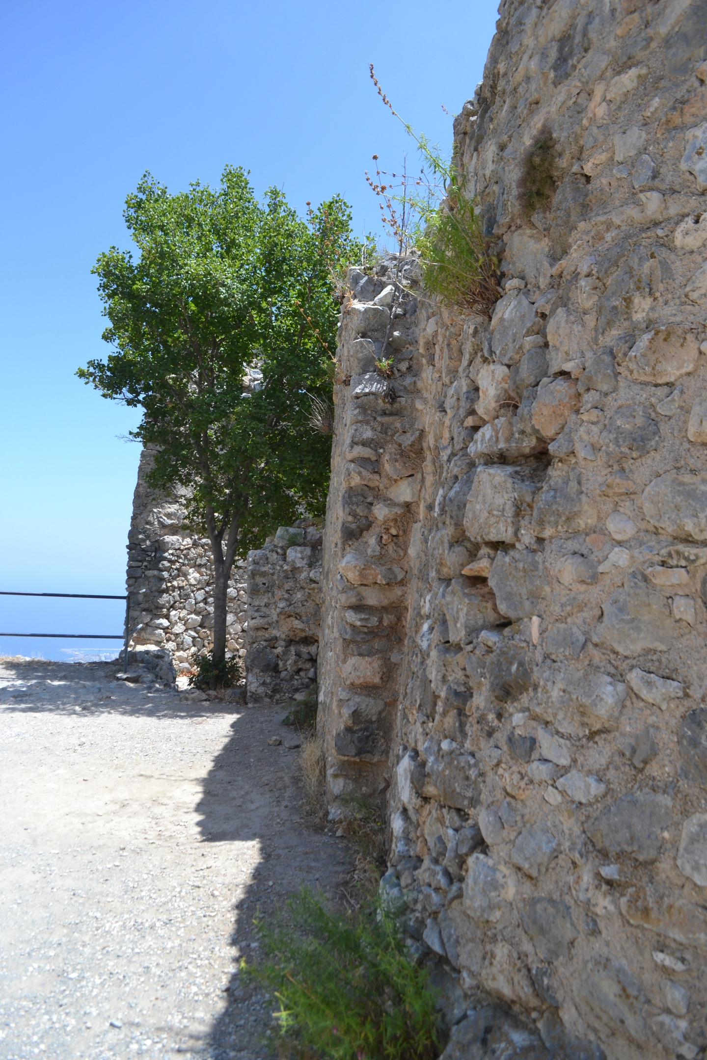 Северный Кипр. Замок Святого Иллариона. (фото). GjOjQcBVdSg