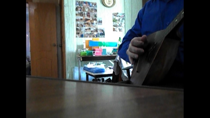 Музыка от народных частушек на балалайке
