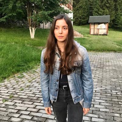 Ilona Khachirova