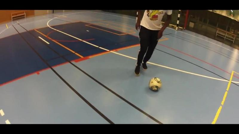 Learn the Reverse Elastico Combo Crazy Football Skill