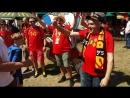 Бельгийские болельщики поют на мотив романса Дорогой длинною