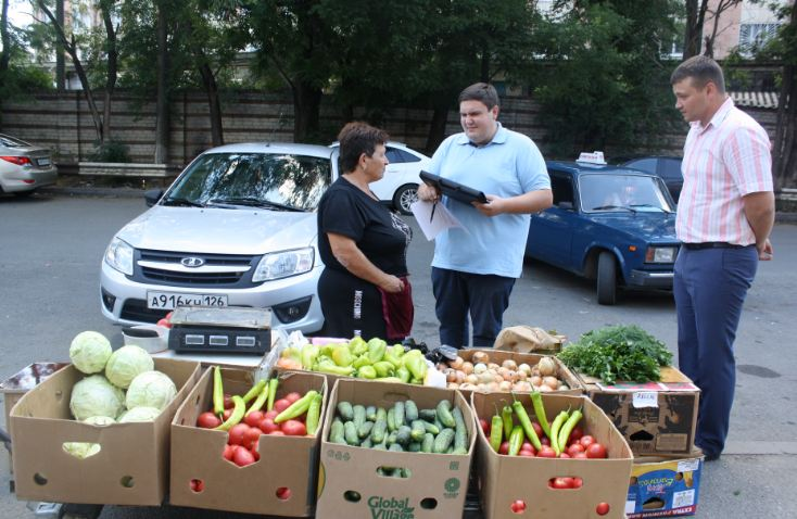 Антисанитарию и мусорные свалки развели несанкционированные продавцы в Невинномысске