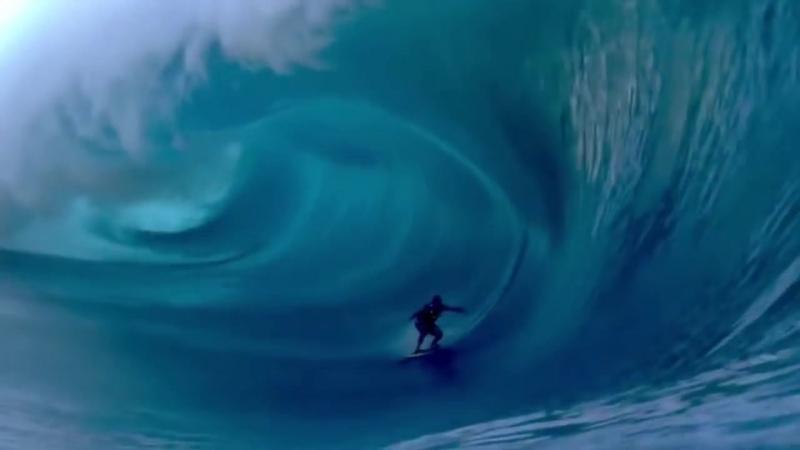 Сёрфинг огромные волны Таити 2013