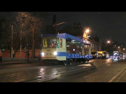 Moscow tram 60fps: night museum action