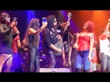 Gene Simmons - jam _ band introductions _ Do You Love Me (live) - Mexico City