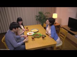 Аппетитная японочка соблазняет парня своей сестры japanese милфа milf amateur homemade мамашки домашнее порно xxx full hd porn