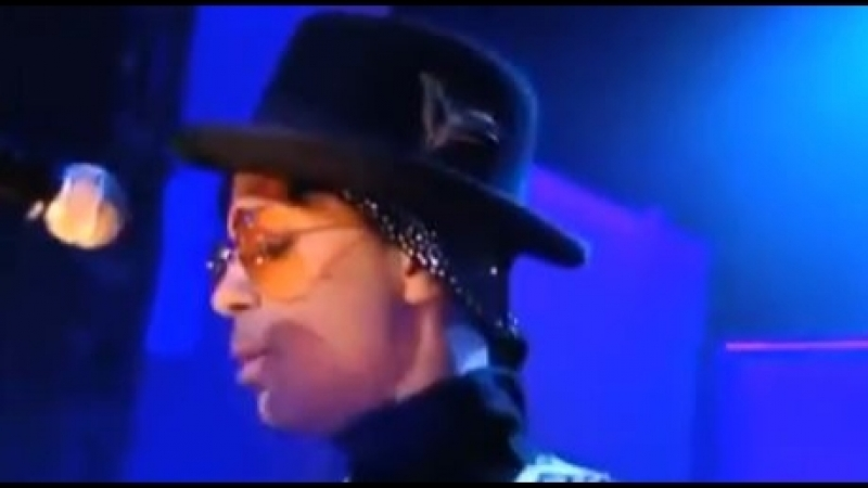 Prince - Shhh. Live from Paris 2011