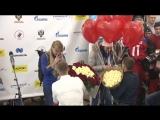 Предложение руки и сердца российским лыжницам в аэропорту «Шереметьево»