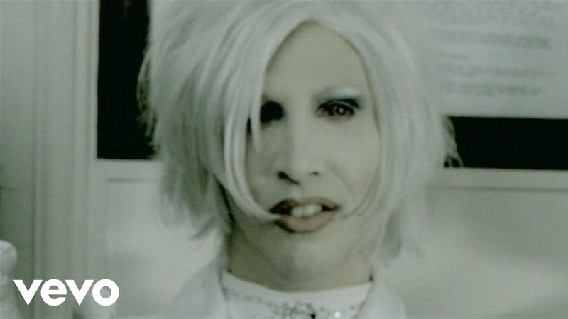 Marilyn Manson - I Dont Like The Drugs (But The Drugs Like Me)