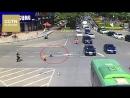 В городе Хэюань провинция Гуандун дорожные полицейские спасли детей от трагедии