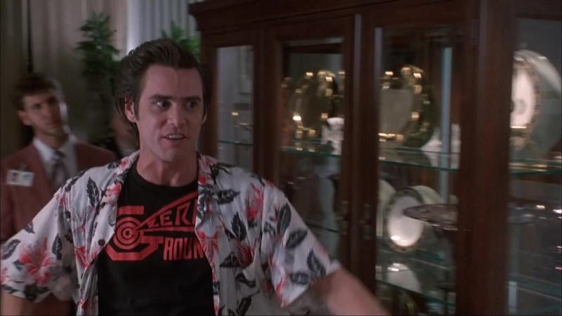 Эйс Вентура: Розыск домашних животных (1994) (Ace Ventura: Pet Detective)