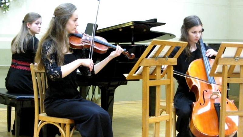 MVI_0180 - А. Дворжак. Трио Думки для фортепиано, скрипки и виолончели № 4 ор. 90.