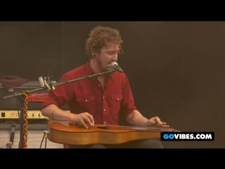 John Butler Trio Performs Treat Yo Momma at Gathering of the Vibes 2011