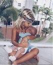 Ребёнок-это единственный человек, которому всё равно: толстая ты или худая, красивая или нет.