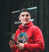 Олег Артеменков