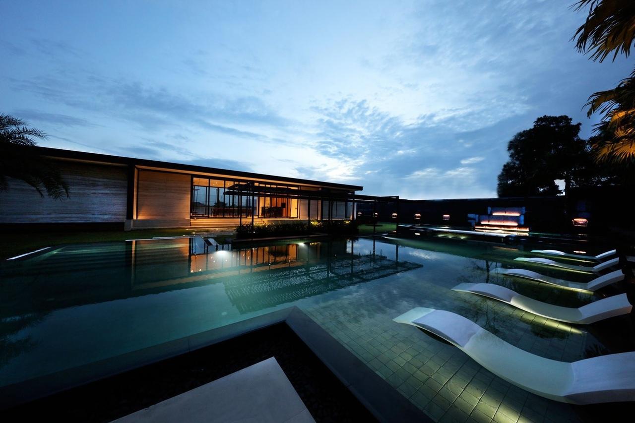 Pavilion Ponderosa / Paolo Cucchi Architects