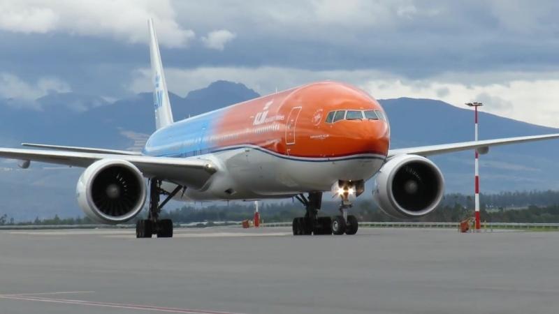 B777-300ER KLM QUITO-ECUADOR, TAXI-IN