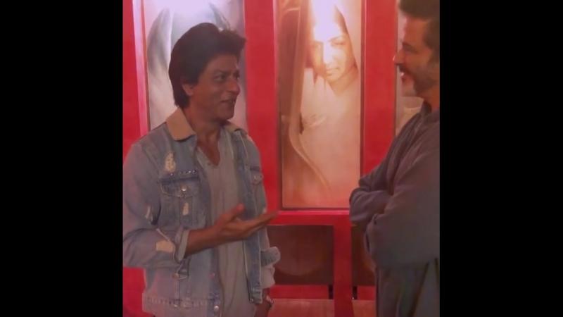 Шахрукх Кхан в задушевном разговоре с Анилом Капуром