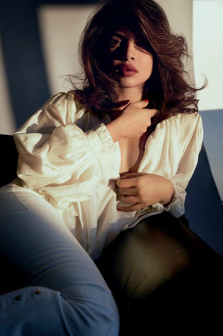 Priyanka Chopra, New Delhi - фото №2
