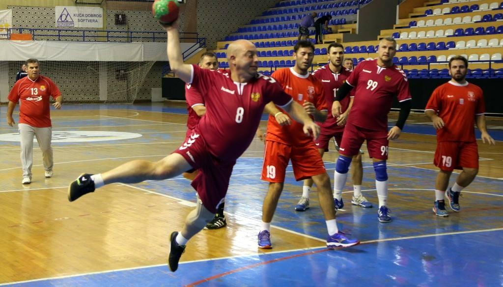 В Ярославле пройдет международный турнир по гандболу Среди ветеранов
