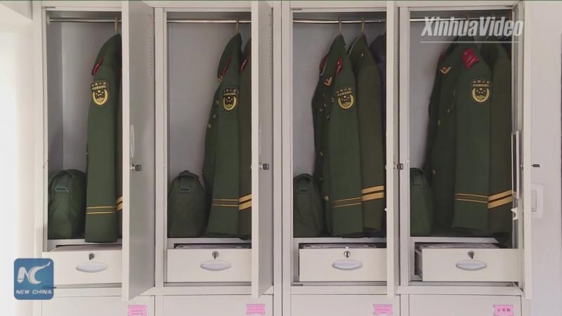 Как тренируется вооруженная полиция которая охраняет диппредставительства в Пекине