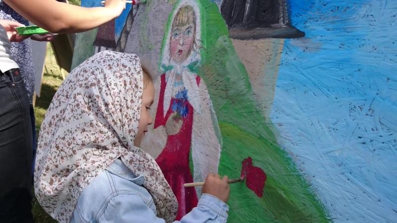 Белый цветок. Печорский монастырь..Девчонки рисуют с Еленой Николаевной