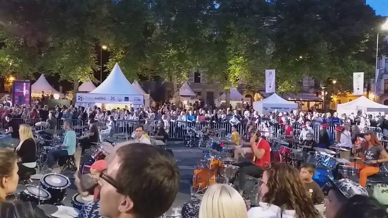 Riga 300 drummers Rollin' by Limp Bizkit